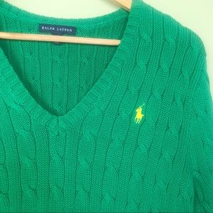 Ralph Lauren Large Green Cable Knit Sweater V Neck